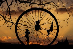 Roda-Kehidupan-selalu-Berputar