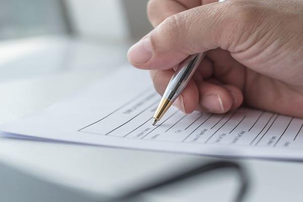 ilustrasi menulis atau tanda tangan