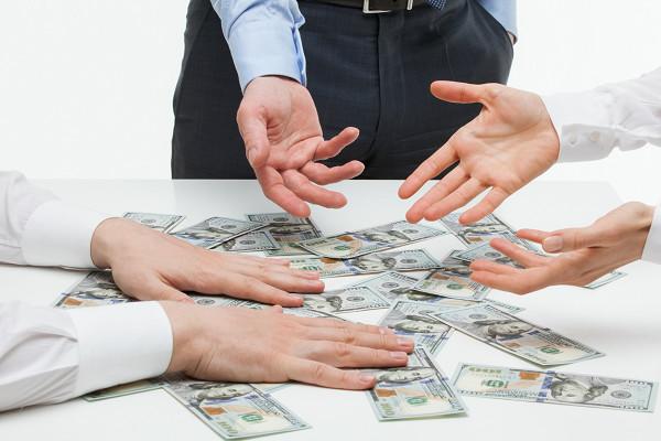 pembagian dana uang